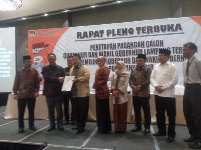 Ditetapkan Sebagai Gubernur dan Wakil Gubernur Lampung, Arinal-Nunik akan Koordinasi Dengan Pusat untuk Pembangunan