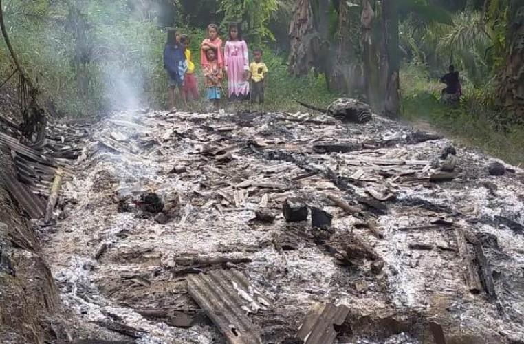 Ditinggal ke Kebun, Rumah Warga di Merbau Mataram Ludes Terbakar