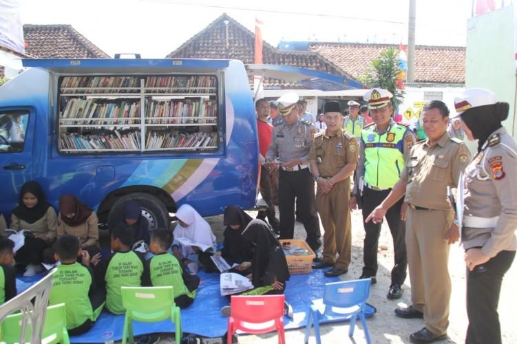 Ditlantas Polda Lampung Asistensi Kampung Tertib Lalu Lintas
