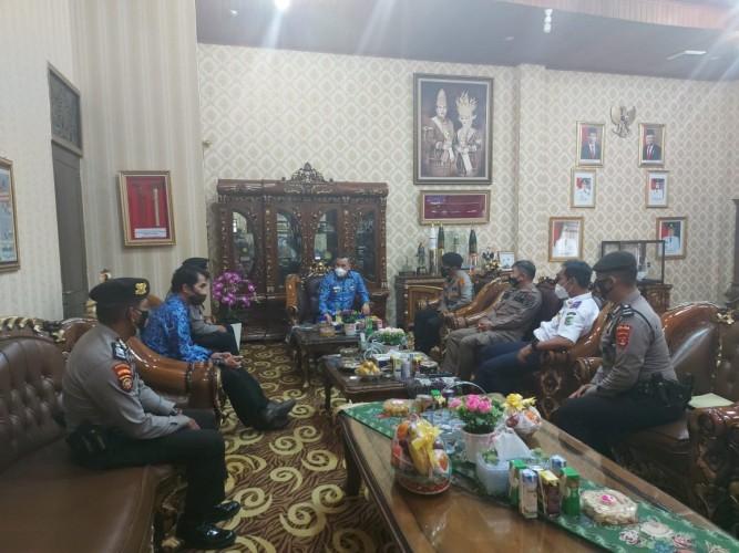 Ditpamobvit Polda Lampung Datangi Kantor Pemkab Pesawaran