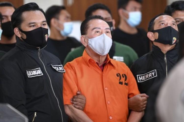 Djoko Tjandra Diserahkan Polisi Malaysia di Pesawat