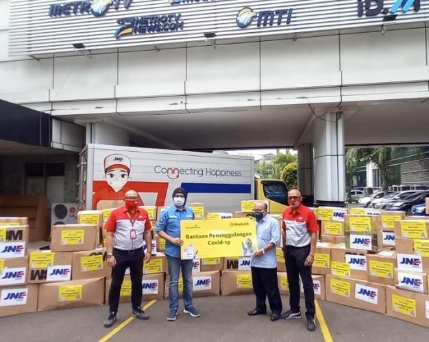 DK Media Group Terima Bantuan Alat Kesehatan dari Maybank Indonesia