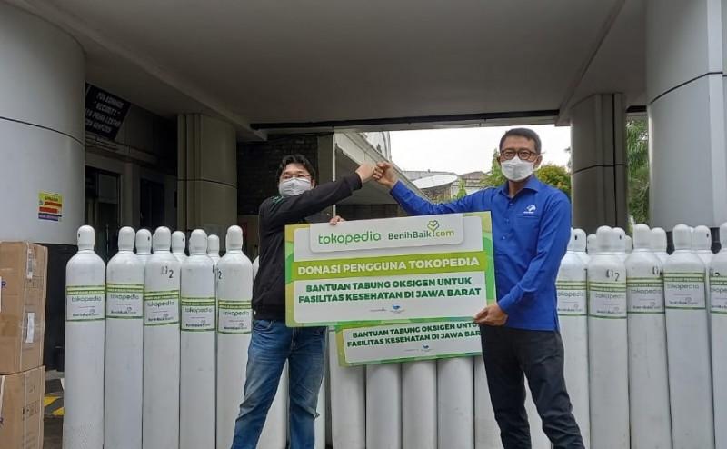 DK Media Group Terima Bantuan Ratusan Tabung Oksigen dari Tokopedia dan Repsol