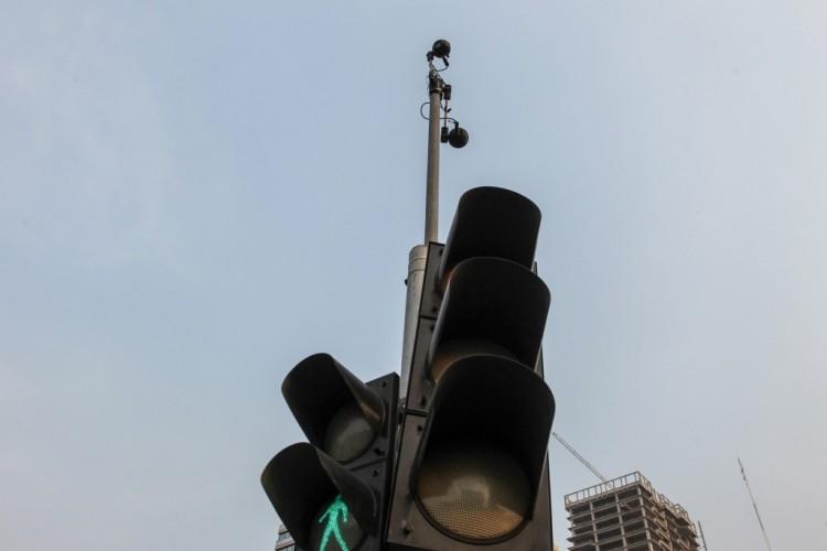 DKI Kembangkan Lampu Lalu Lintas Pintar pada 2021 Tekan Kemacetan