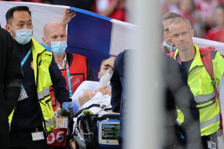 Dokter Timnas Denmark Tanggapi Insiden Christian Eriksen Kolaps