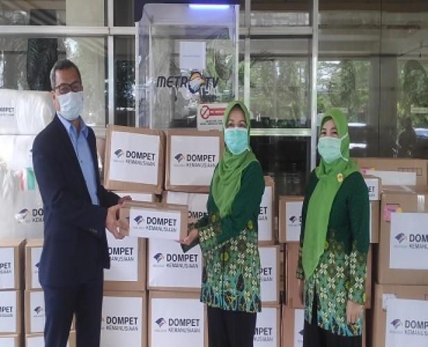 Dompet Kemanusiaan Media Group Salurkan 1,9 Juta APD