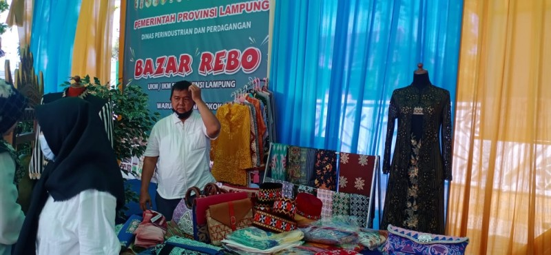 Dongkrak Ekonomi Kerakyatan Melalui Bazar Rebo