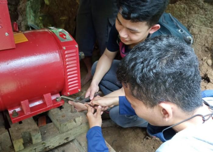 Dosen Itera Bantu Warga Desa Saeng Kelola Listrik Secara Mandiri