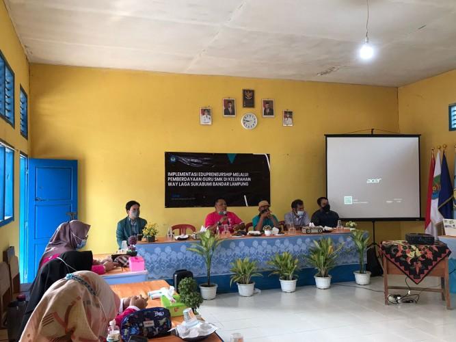 Dosen Unila Bangun Jiwa Edupreunership Guru SMK Bani Salim