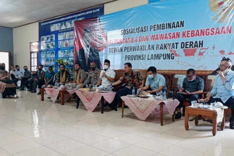 Komisi II DPRD Sosialisasi Ideologi Pancasila di Hajimena