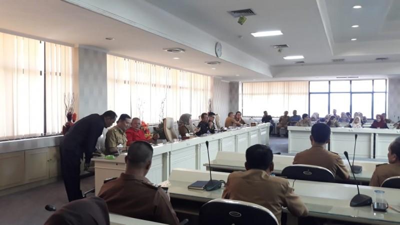 DPRD Gelar Rapat Konsolidasi dengan Ratusan Pegawai Sekretariatan