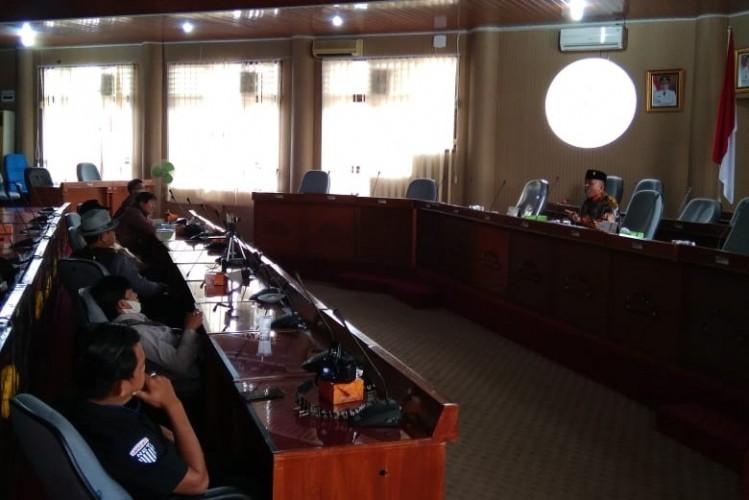 DPRD Lamtim akan Mengkaji Rencana Pembentukan Pansus Covid-19