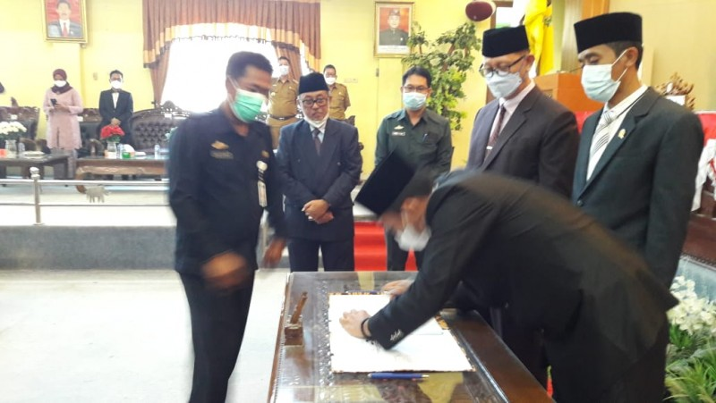 DPRD Lamtim Umumkan Bupati dan Wakil Bupati Terpilih