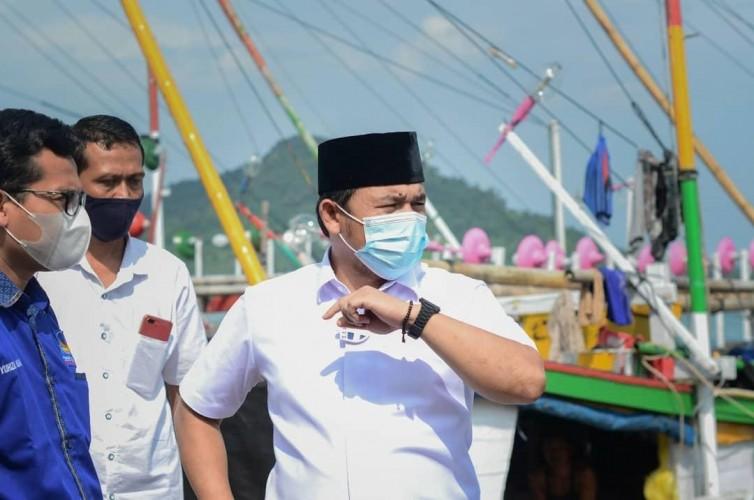 DPRD Minta Polda Usut Pembuang Limbah Aspal di Perairan Lampung