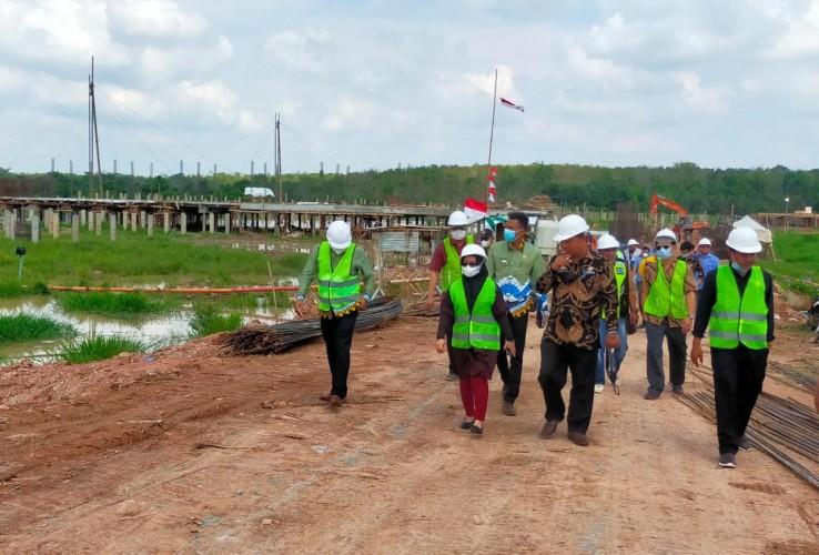 DPRD Nilai Pembangunan Masjid Agung Mesuji Lelet