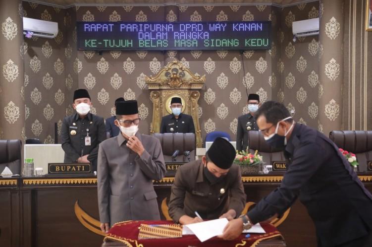 DPRD Way Kanan Gelar Paripurna Penetapan Calon Bupati dan Wakil Bupati Terpilih