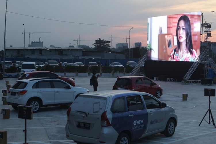 Drive in Cinema Jadi Hiburan Alternatif di Tengah Pandemi