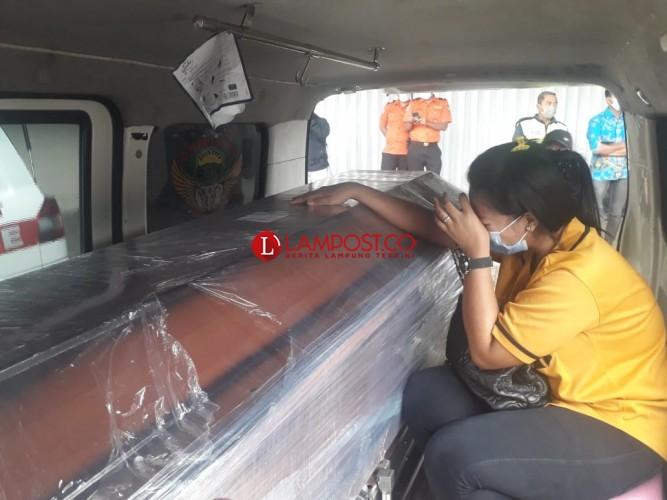Dua Jenazah Korban Sriwijaya Air Tiba di Lampung