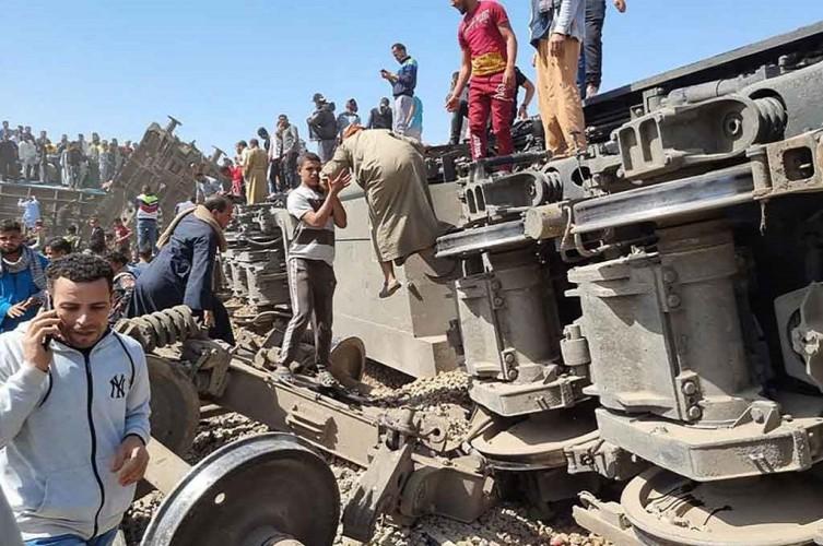 Dua Kereta Tabrakan di Mesir, 32 Tewas dan 165 Terluka