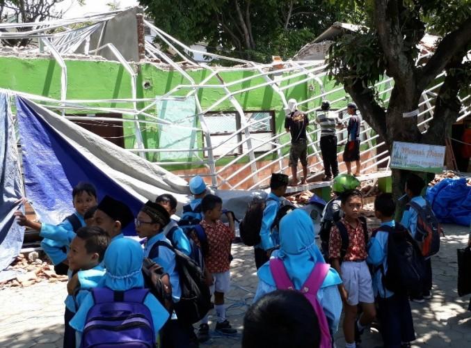 Dua Kontraktor Ditetapkan Tersangka Ambruknya Gedung Sekolah