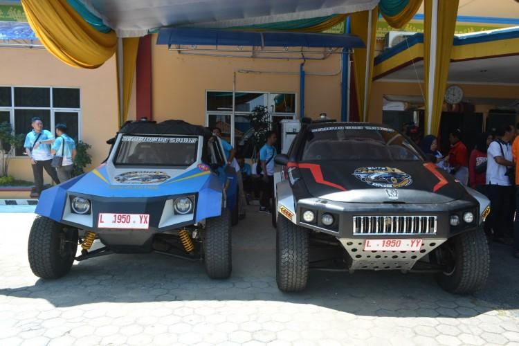 Dua Mobil Listrik Karya Anak Bangsa Singgah di Lampung