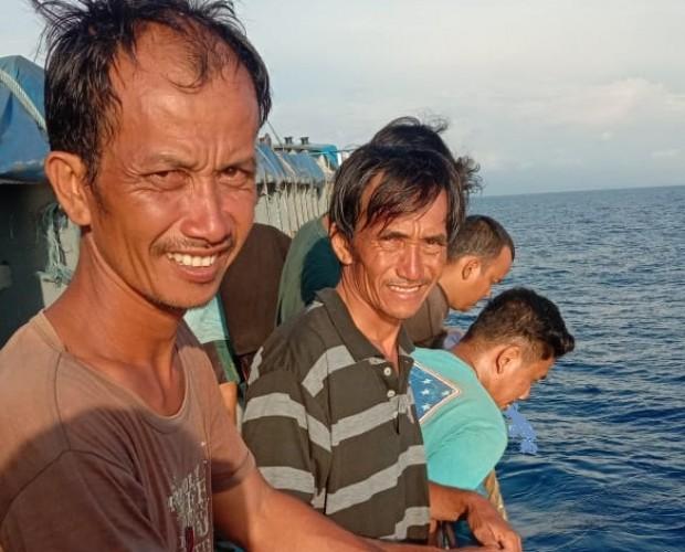 Dua Nelayan Hilang di Laut Pesisir Barat Ditemukan Selamat