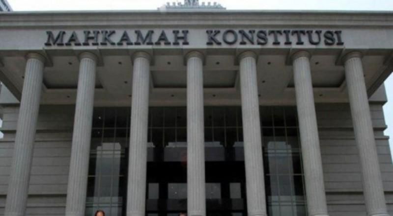 Dua Paslon Pilkada Lamsel Resmi Ajukan Gugatan ke MK