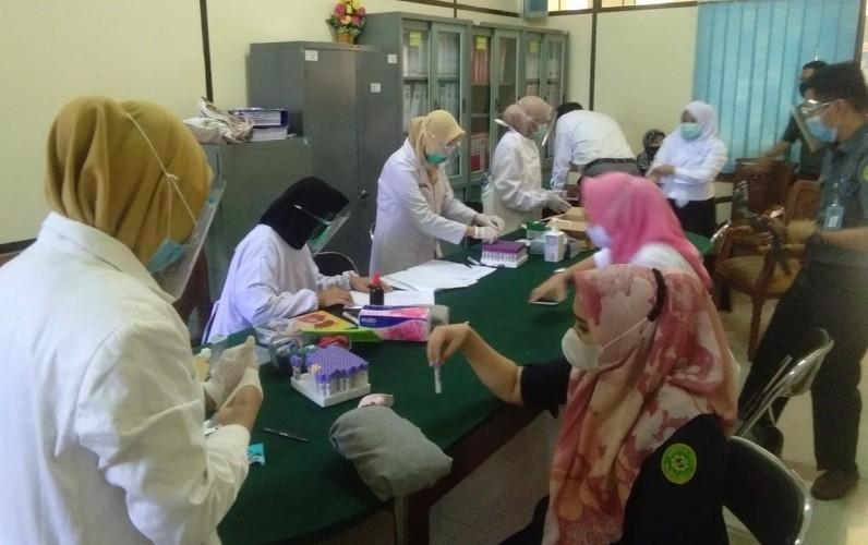 Dua Pegawainya Reaktif, PN Tanjungkarang Gelar Rapid Test Massal