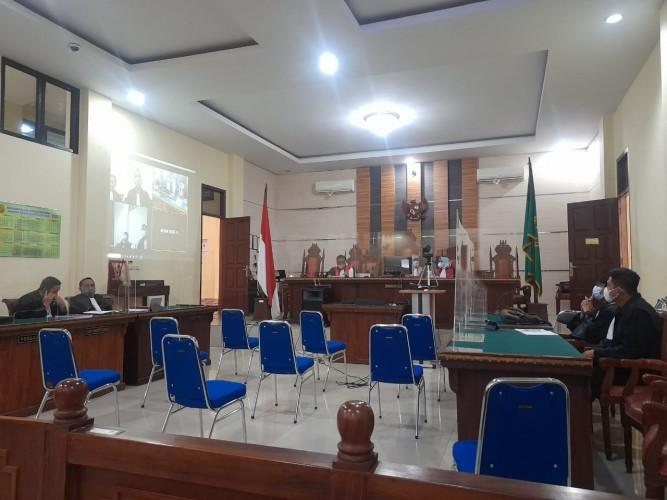 Dua Pejabat Pekon Kutawaringin Dituntut Dua Tahun Penjara