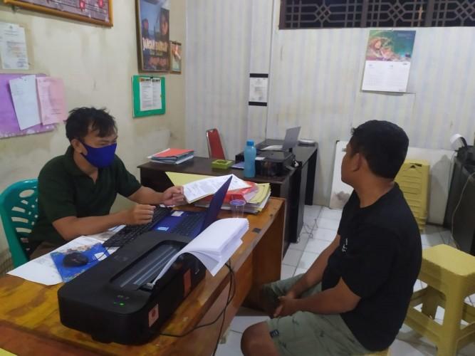 Dua Pria Pengangguran Bertahun-tahun Edarkan Ganja