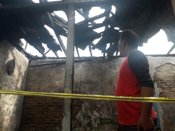 Dua Rumah di Kelurahan Pelita Ludes Terbakar