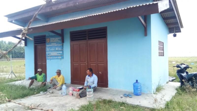 Dua Sumur Bor Bantuan di Sragi Rusak