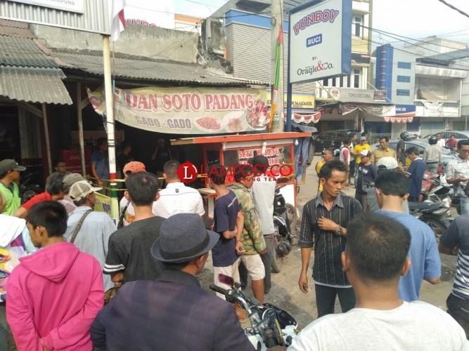 Duel Maut di Pasar Unit II, Satu Tewas Bersimbah Darah