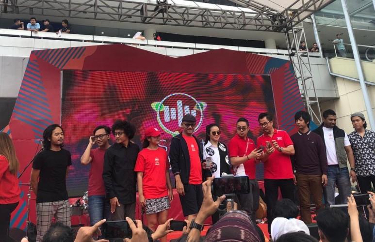 Dukung Industri Kreatif Musik Indonesia, Smartfren Hadirkan Aplikasi SmartMusic