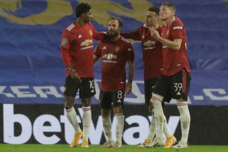 Duo Manchester dan Everton Lolos Perempat Final Piala Liga