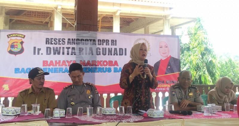 Dwita Ria Beri Penyuluhan Antinarkoba di Melinting