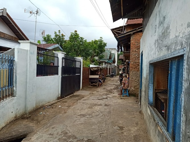 E-Warong Kupang Teba Bantah Salurkan Ayam Busuk