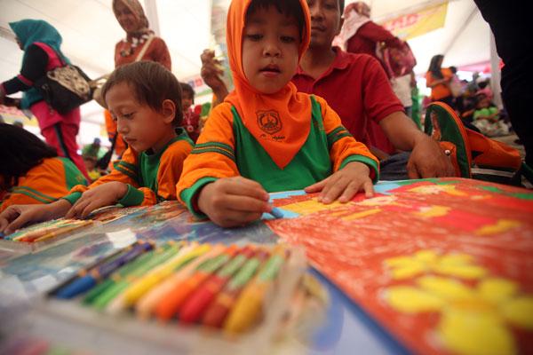 Mengenalkan Budaya Nusantara lewat Lomba Mewarnai