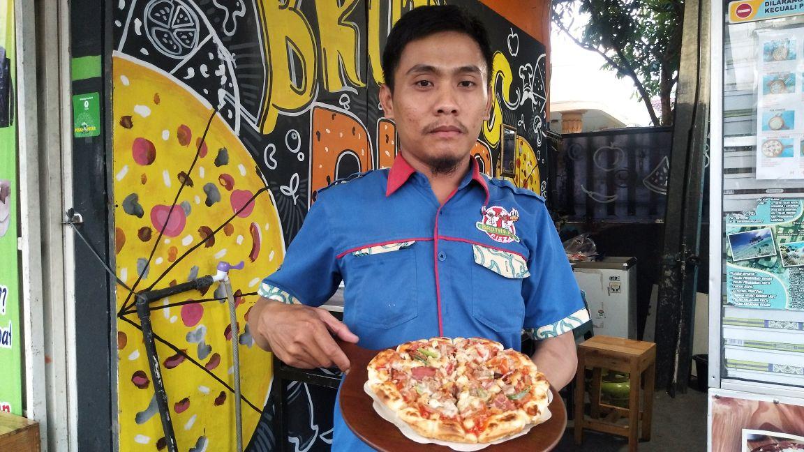 Nikmati Aneka Pizza diBrother Pizza