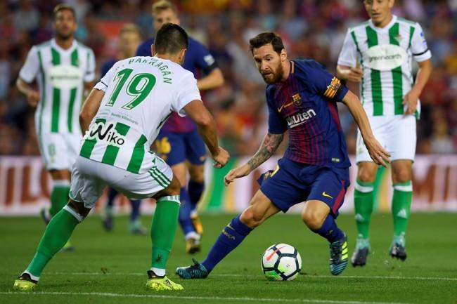 Barcelona Sebut Kontrak Baru Messi hanya Masalah Waktu