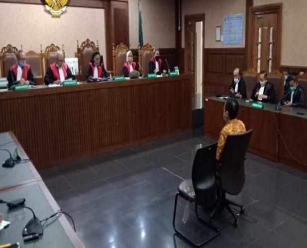 Eksepsi Enam Terdakwa Kasus Jiwasraya Ditolak Hakim Tipikor