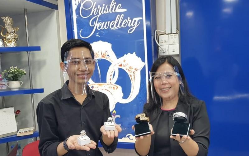 Emas dan Berlian Pelengkap Gaya Hidup Berbalut Investasi
