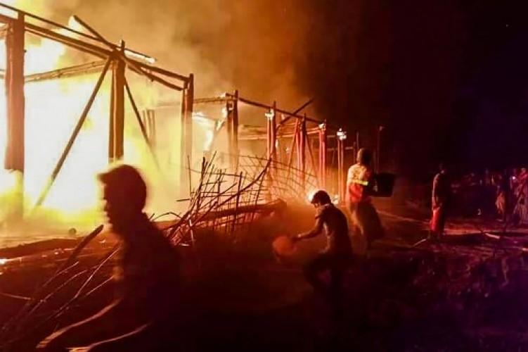 Empat Sekolah Anak Rohingya Ludes Terbakar