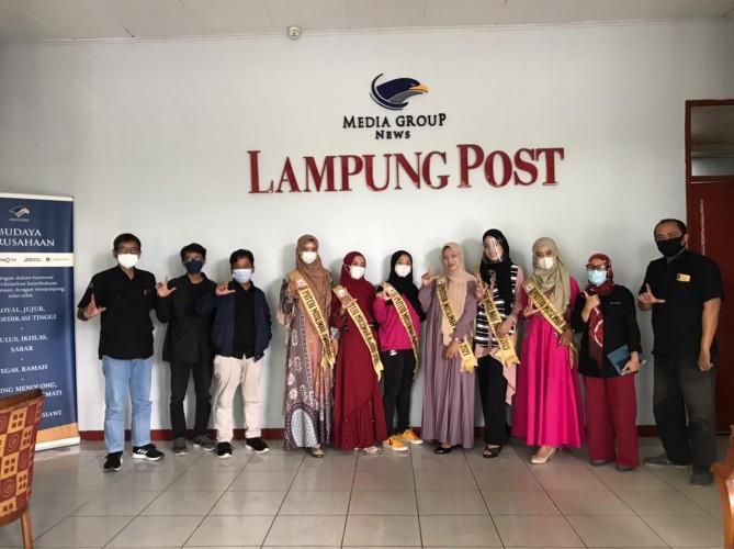 Enam Finalis Puteri Muslimah Award Sambangi Lampung Post