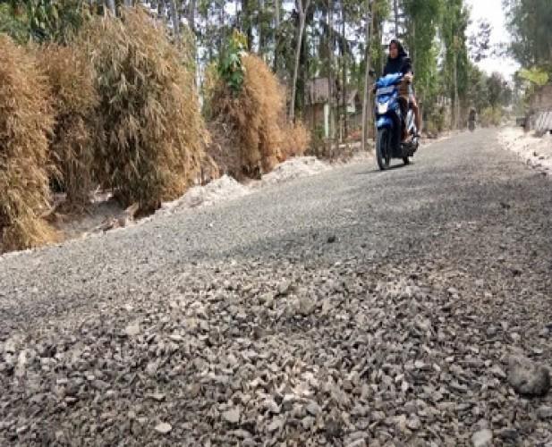 F-PDIP Minta Wali KotaBangun Jalan Lingkungan