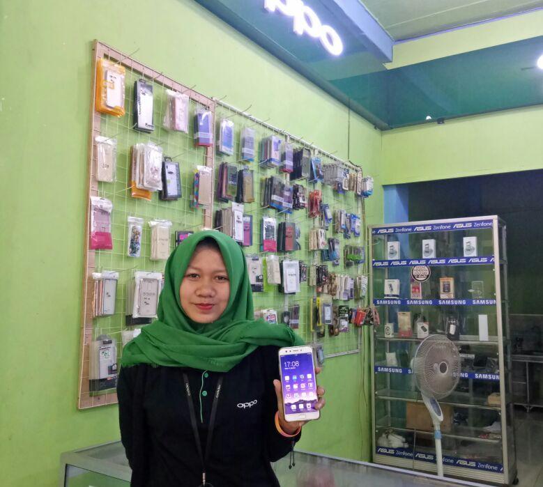 Konter Ponsel di Banjaragung Menyuguhkan Beragam Pilihan Smartphone