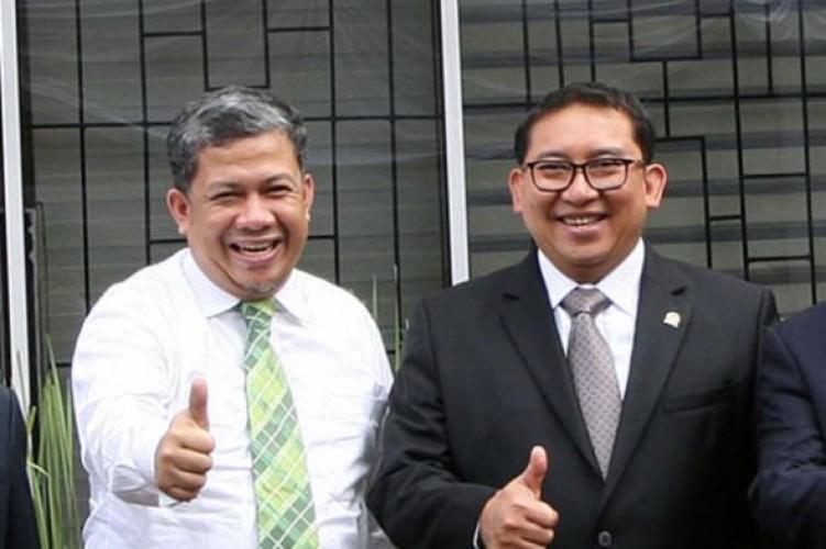 Fadli Zon dan Fahri Hamzah Terima Bintang Jasa dari Presiden