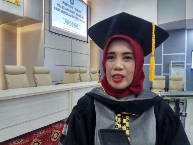 FEB Unila Kembali Lahirkan Doktor Ilmu Ekonomi