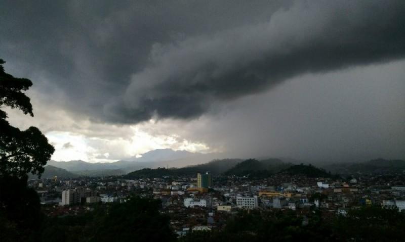 Fenomena La Nina Picu Hujan Ekstrem pada Desember-Maret