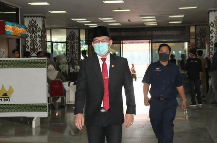 Fraksi PDI P akan Bahas Pengganti Eva-Tulus di DPRD